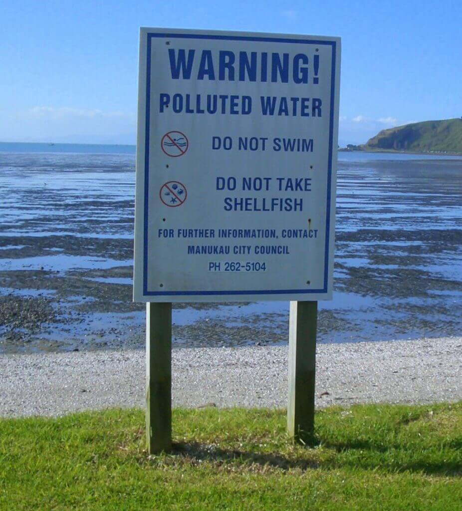 Fosas sépticas creando problemas medioambientales